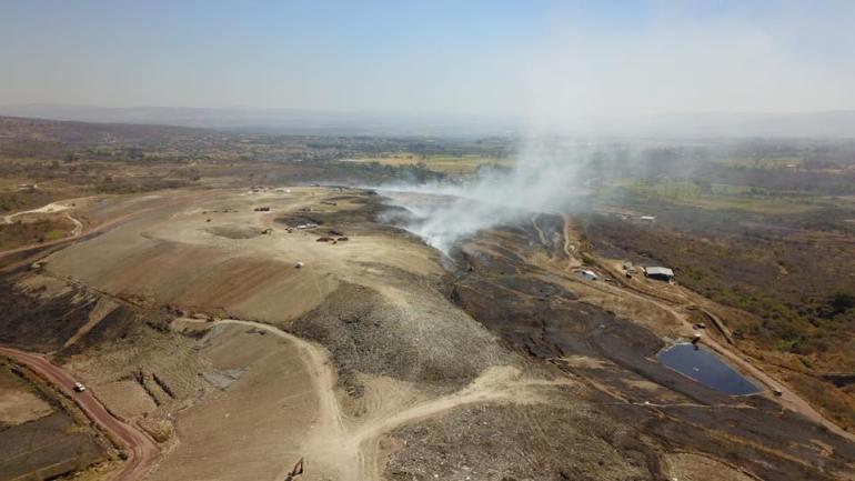 Vista aérea del basurero de Laureles. Foto: Protección Civil Jalisco