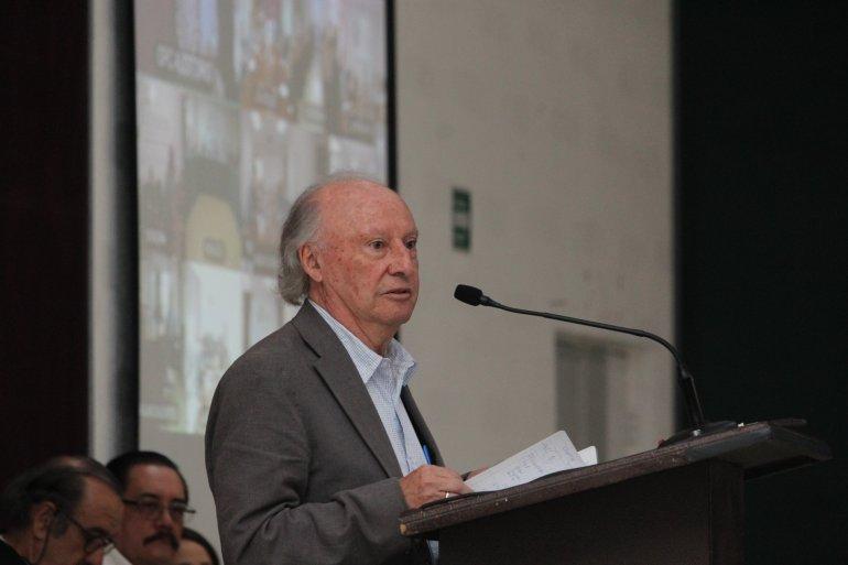 Víctor Manuel Toledo, titular de SEMARNAT