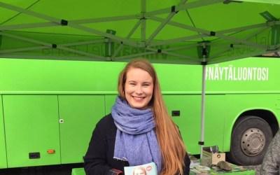 Iiris Suomela tuo taloutta ja EU:ta vihreään keskusteluun
