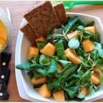 Insalata con Melone, Brie o Tofu e Pinoli
