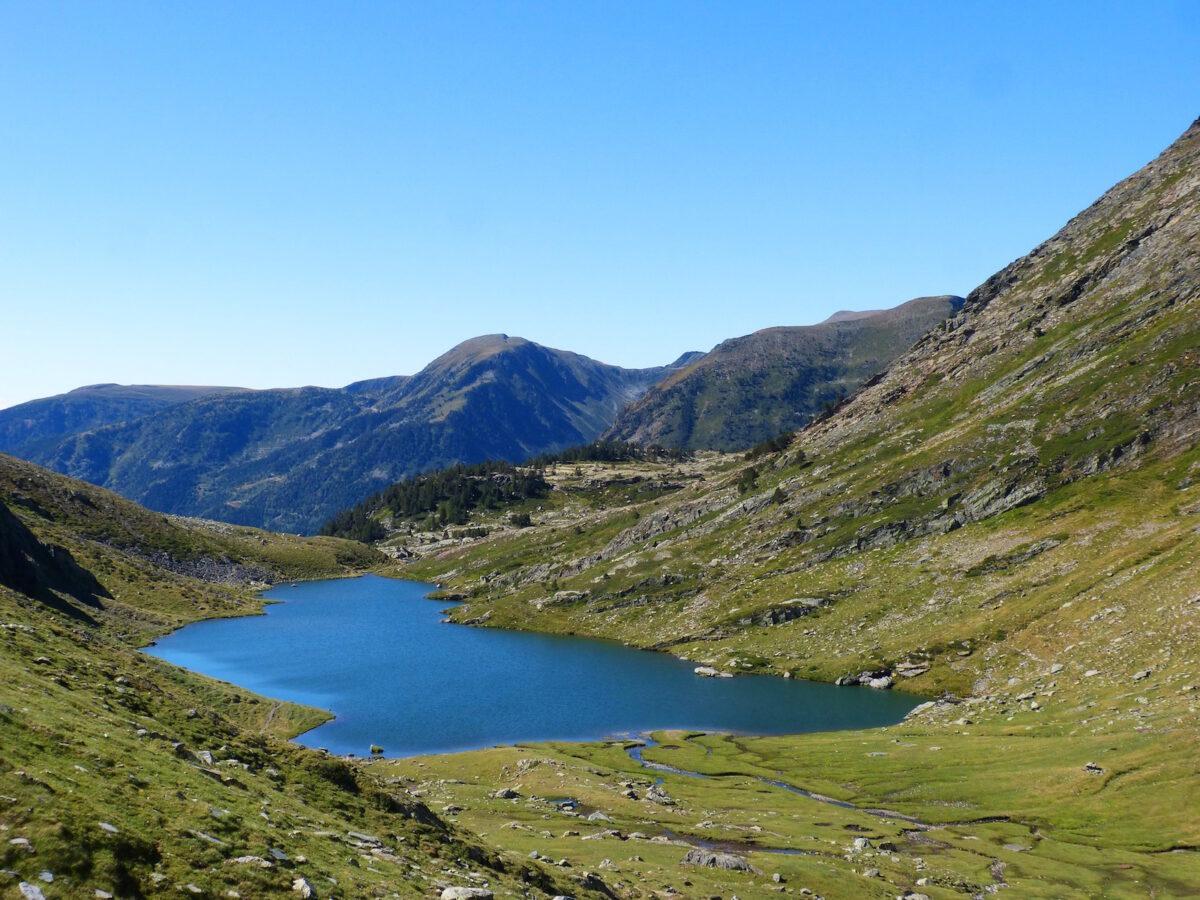 pixabay Lago Estany del Port en los Pirineos