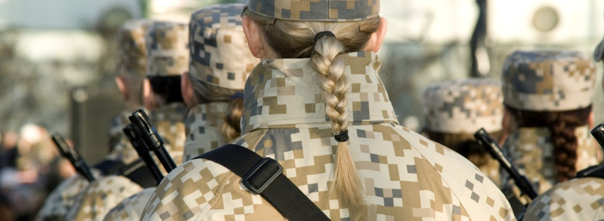"""Battle of the Sexes: <span class=""""subtitle"""">The Department of Defense Lifts the Restriction on Women in Combat</span>"""