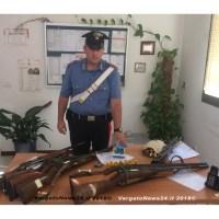 """Gaggio Montano - """"Impugna il fucile e lo punta contro il vicino di casa"""""""