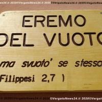 L'esperienza dell'Eremo del vuoto (Santuario di Serra-Ripoli) mette al centro la preghiera silenziosa e l'impegno per la pace