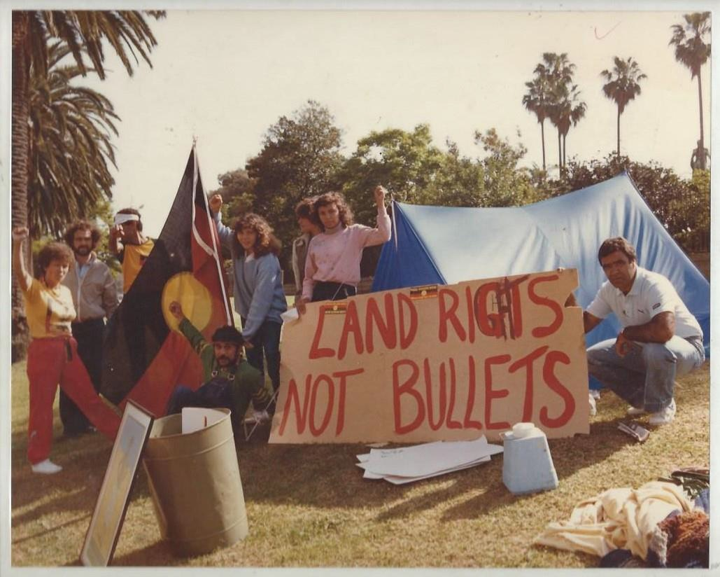 Tent Embassy at Botanical Gardens, Sydney, photograph, 8 x 10 inches, 1982. Image by Elaine Pelot Syron