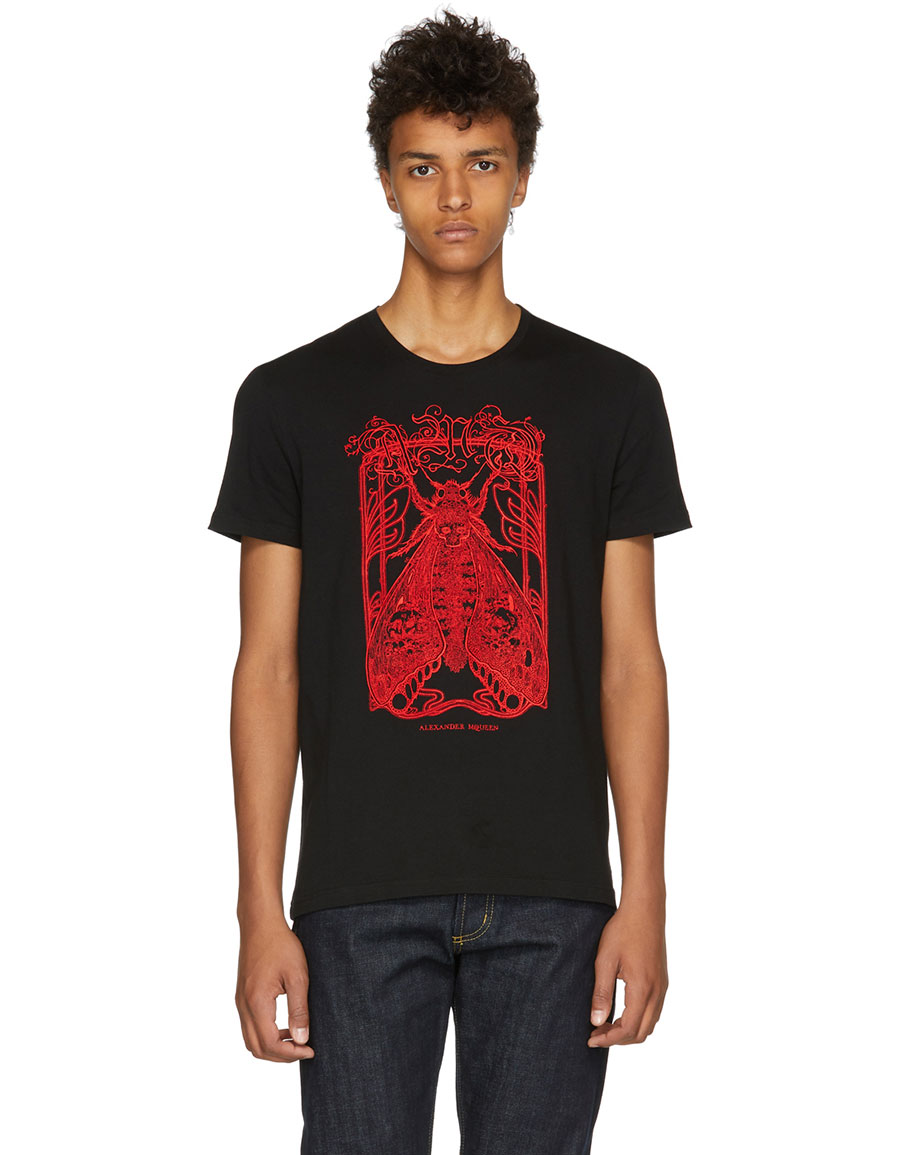 c396d578 ALEXANDER MCQUEEN Black Moth Skull T-Shirt · VERGLE