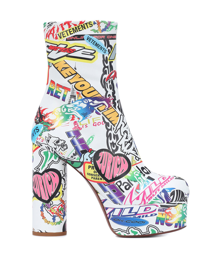 VETEMENTS Printed leather ankle boots