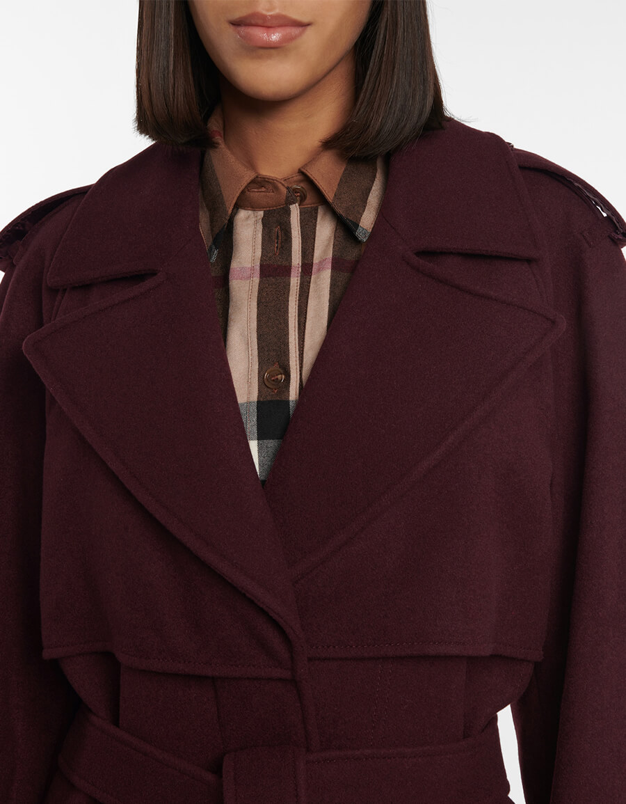 BURBERRY Belted cashmere coat