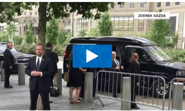 Hillary Clinton is clearly unhealthy
