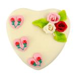 Klassiek wit marsepeinen hart taart