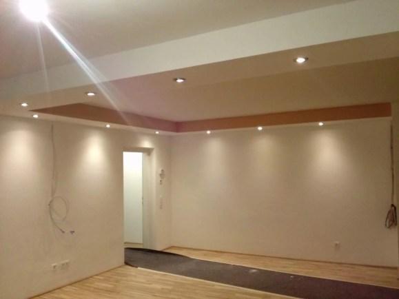 Koof met Inbouwpots Woonkamerplafond