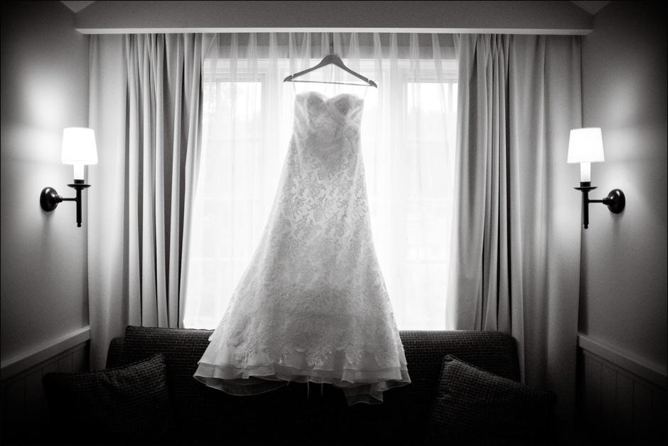 vermont-wedding-photographers-duback-photography-woodstock-inn-004