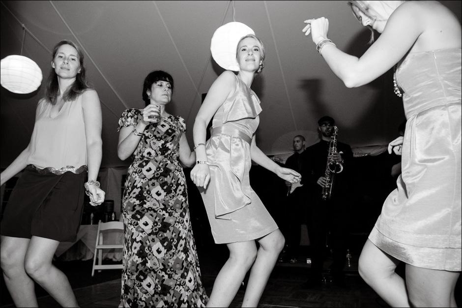 vermont-wedding-photographers-duback-photography-woodstock-inn-043