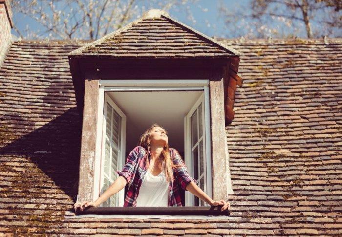 Blocking Negative Energy: Magic in Mirrors