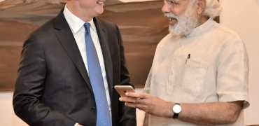 Tim Cook Apple India