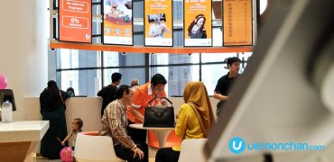 U Mobile flagship store