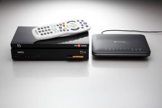 b-yond-iptv-b-yond-easi-box-modem-b-yond-remote-control-front-view-2