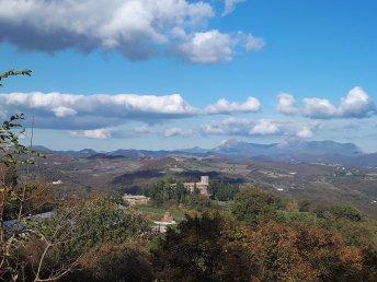 Il castello di Petroia