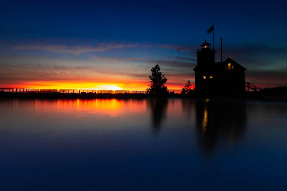 Landscape-Photographer-Holland-Michigan-Big-Red-Lighthouse