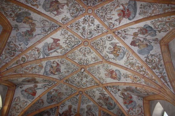 1024px-Wieting_-_Pfarrkirche_-_Deckengewölbe2.jpg