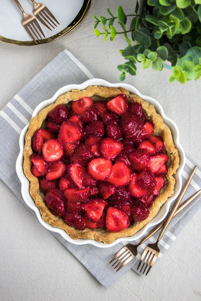 Strawberry Pie with buttery and flaky pie crust is the best dessert recipe for hot summer days!