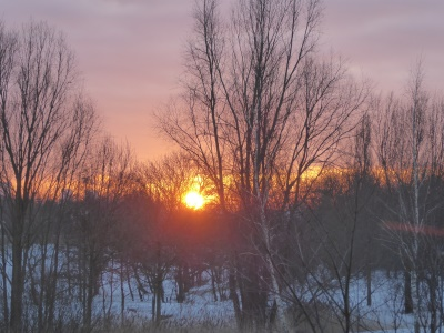 zonsopkomst sneeuw