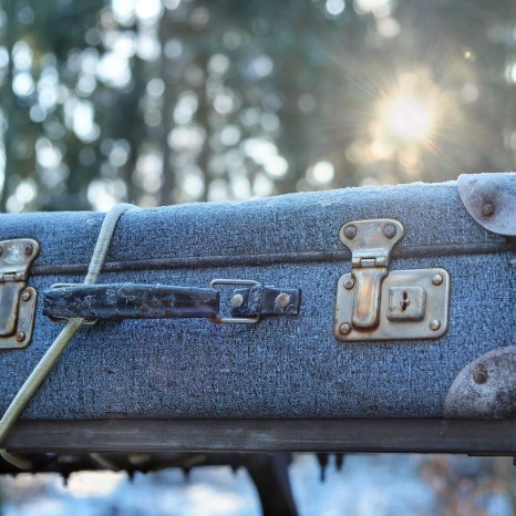 luggage-2020548_1920