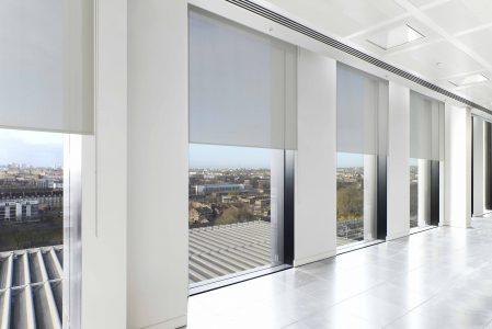 Rollo SilverScreen white 3 blinds