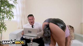 linda porno carioca se degusta verga de su jefe