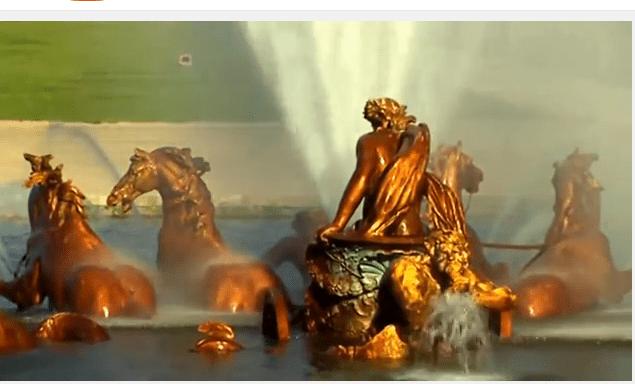 chateau versailles eau musicales cheveaux dorés