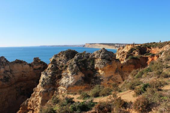 Image du Lagos au Portugal pour notre article Top 3 – Rando à découvrir sur 3 continents