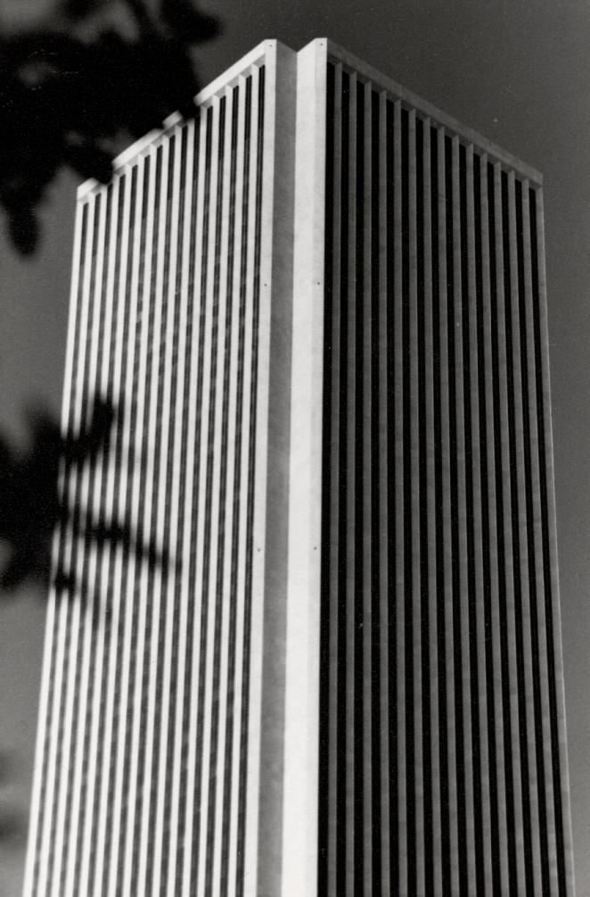 Standard Oil Building 1981.png