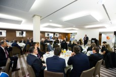 Impressionen des vierten Breakfast Briefings des Versicherungsmonitors