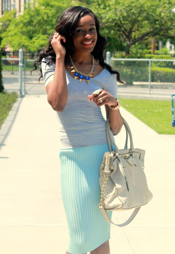Pastel blue pleated skirt + gray open back top  (6)