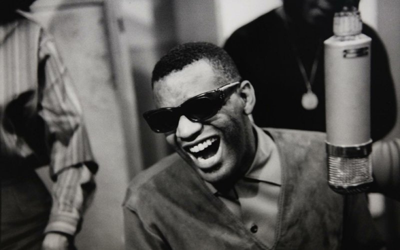 Ray Charles Studio - Georgia On My Minde