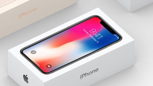 В США продают Apple iPhone X со скидкой 200 долларов