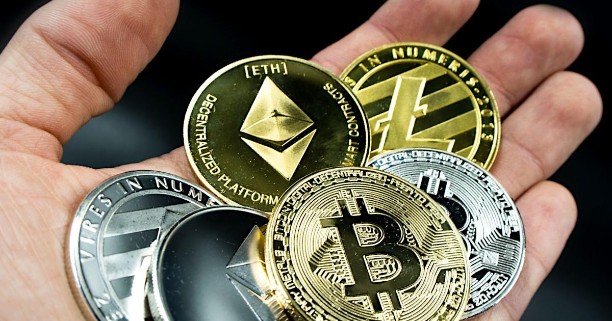 Bitcoin, Bitcoin Investing