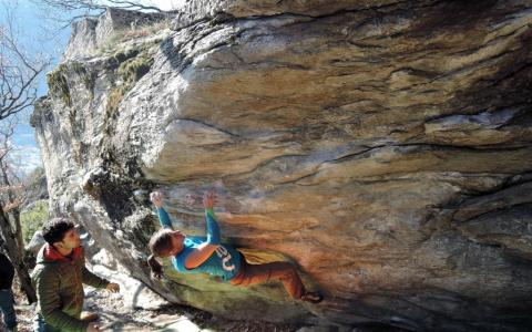 Alexandra Moser Bouldering in Switzerland