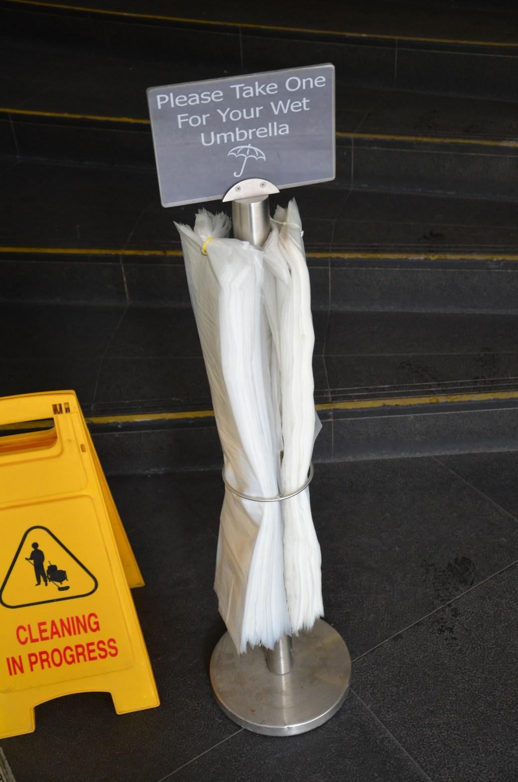 Wet Umbrella in Singapur