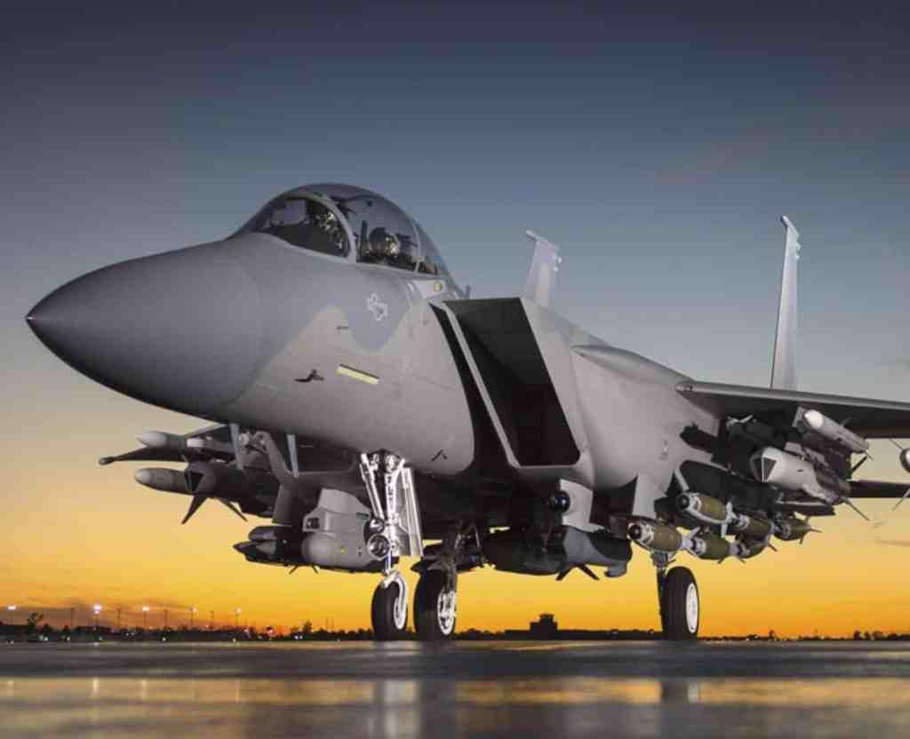 Истребитель ВВС США F-15EX