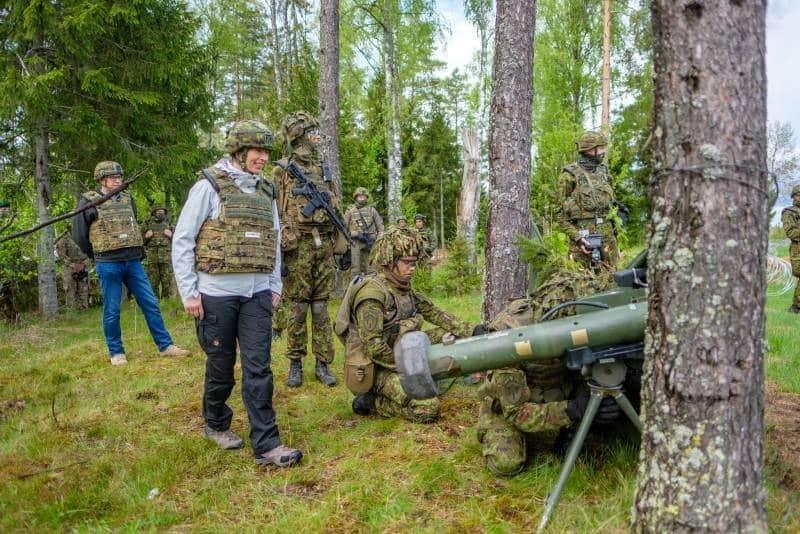 Президент Эстонии Керсти Кальюлайд посетила один из полигонов