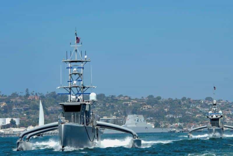 Формирующийся флот американских больших беспилотных надводных военных кораблей (предназначен для плавания в открытом море