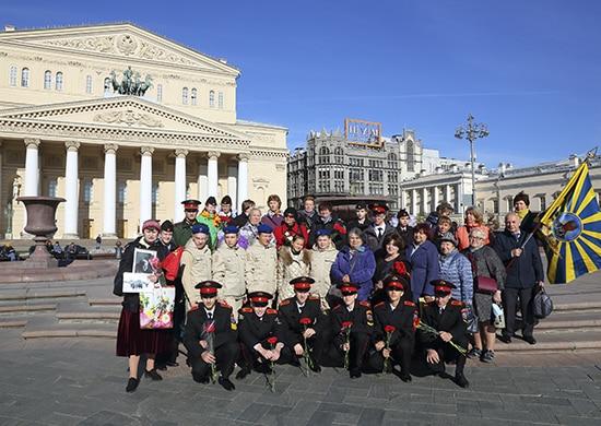 в Москве прошли мероприятия, посвященные 80-л формирования 3-х женских авиаполков