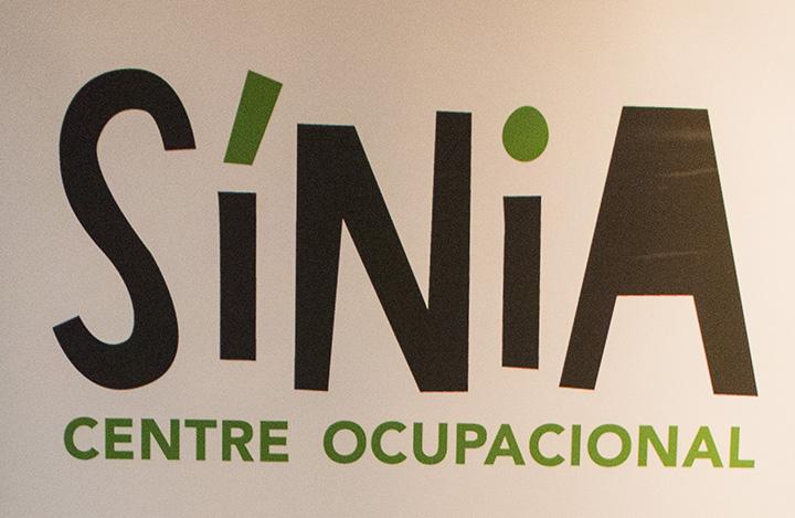 Fotografía Solidaria- Yo pasaba por aqui  !!