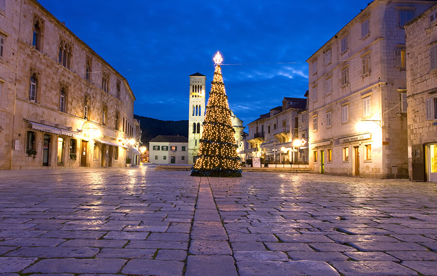 shutterstock_40873456_main_square_hvar_croatia_christmas_editorial-use-only
