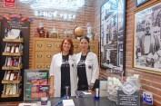 Alazne y Bego, RSCs Kiehl's (Representantes de Servicio al Cliente)