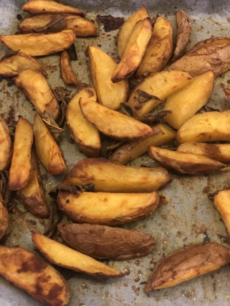 cartofi copti cu condimente
