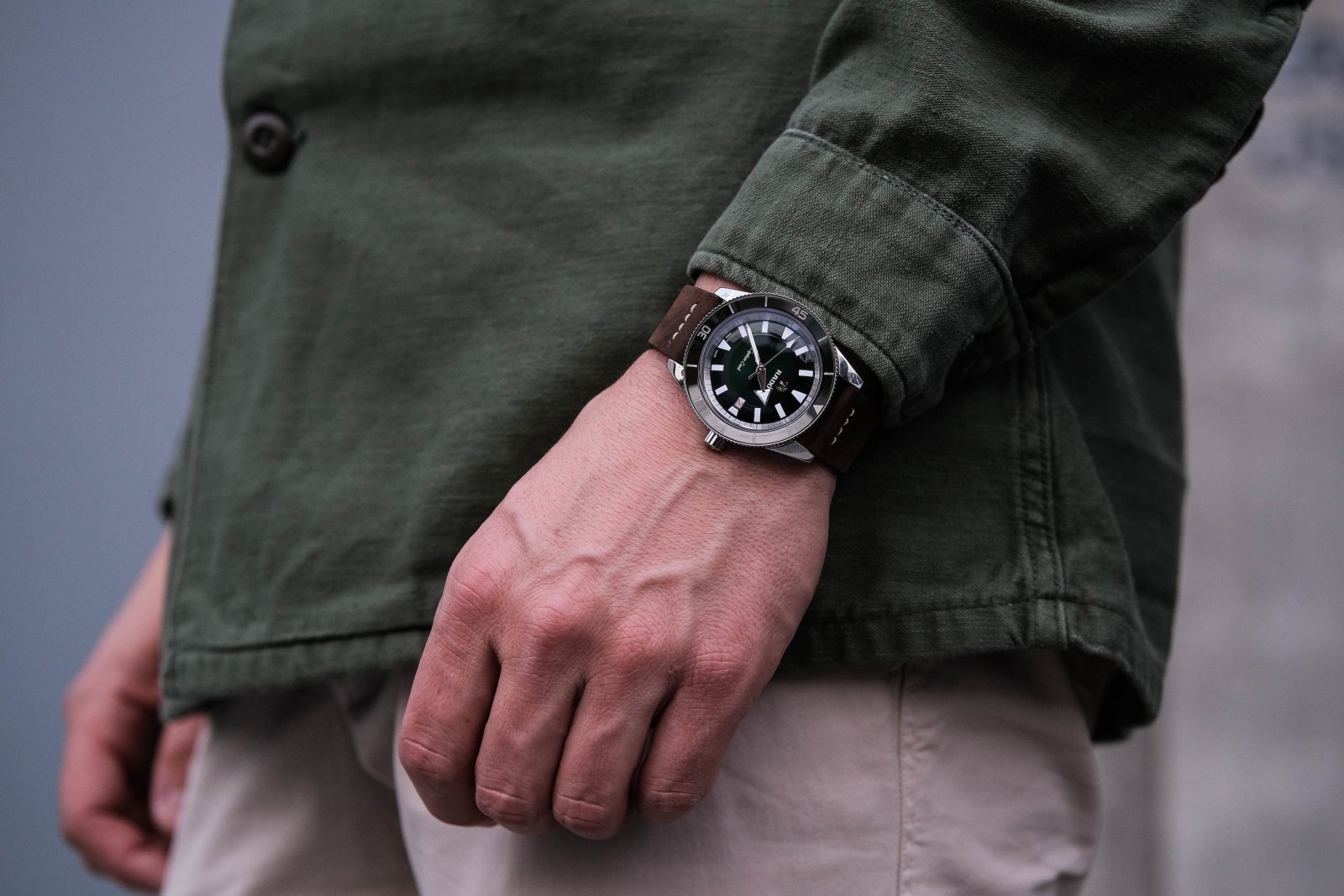 Rado Captain Cook Automatic 2019 au poignet