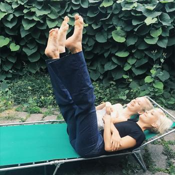 5-acrobat-veryjoelle