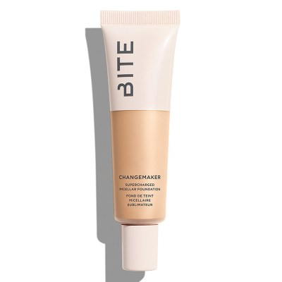 5 sheer and clean foundations by Joëlle Paquette